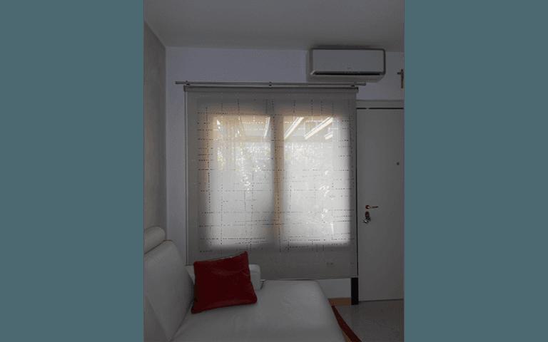 maxiarredo-tende-sole-rullo-bianco-finestra
